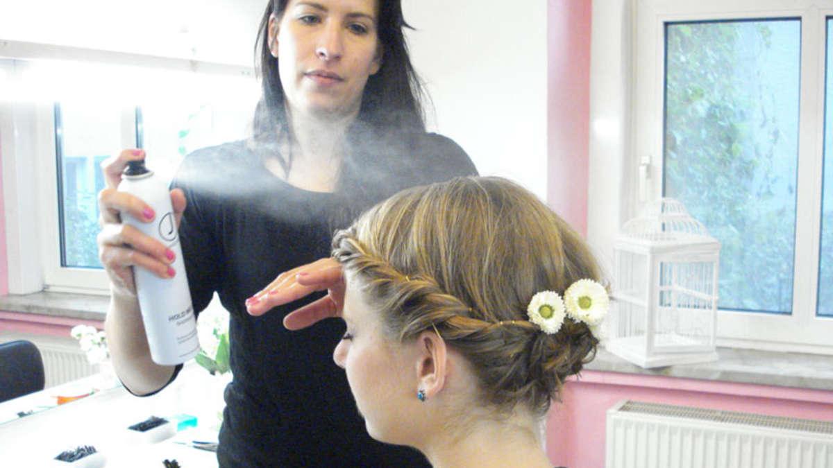 Wiesn-Frisur für kurze Haare  Frisuren