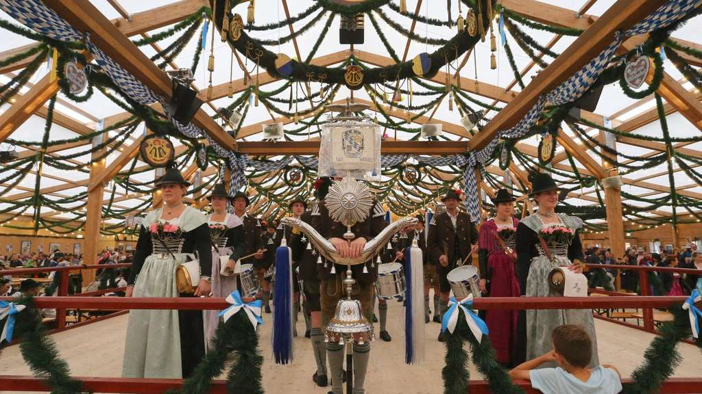 festzelt-tradition-ticker-dpa